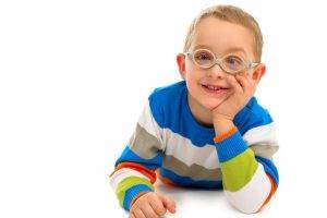 Cute-smiling-boy-with-glasses-1280x853-1024x682